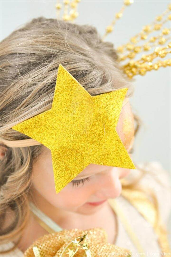 Easy DIY Shooting Star Halloween Costume