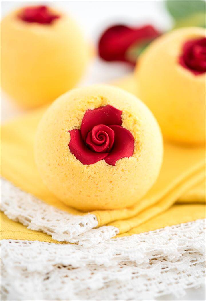 DIY Beauty and the Beast bath bomb