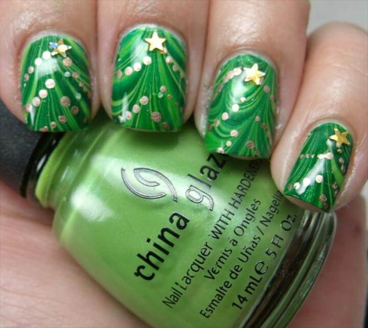 Water Marble Christmas Tre