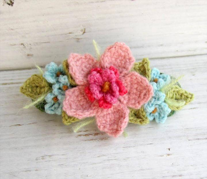 crochet hair ties and barrette