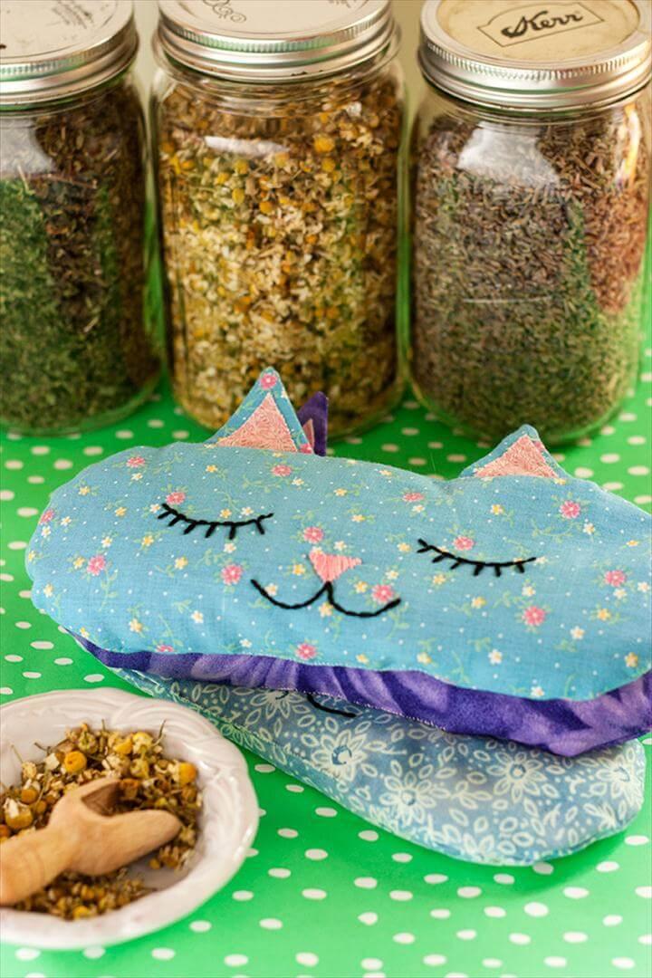Cat Nap' Eye Pillows + Free Sewing Pattern