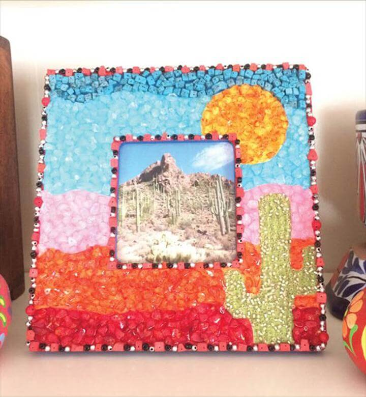 Mosaic Frame, DIY Frame, Cute DIY Projects for Teen Girl Bedroom
