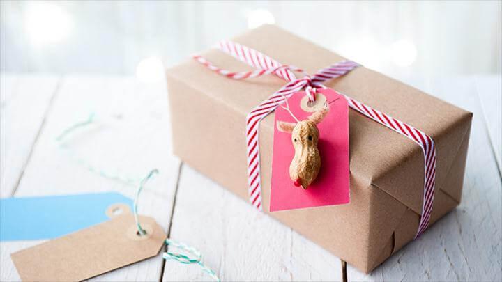 peanut gift tag