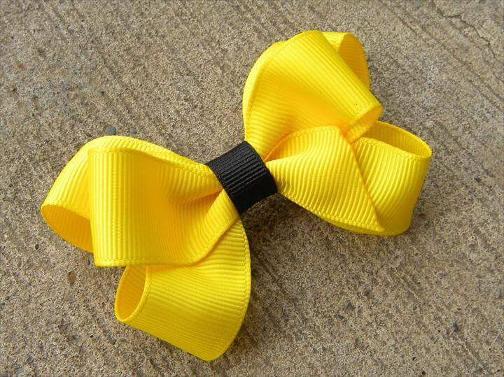 Six Loop Boutique Hair Bow Tutorial