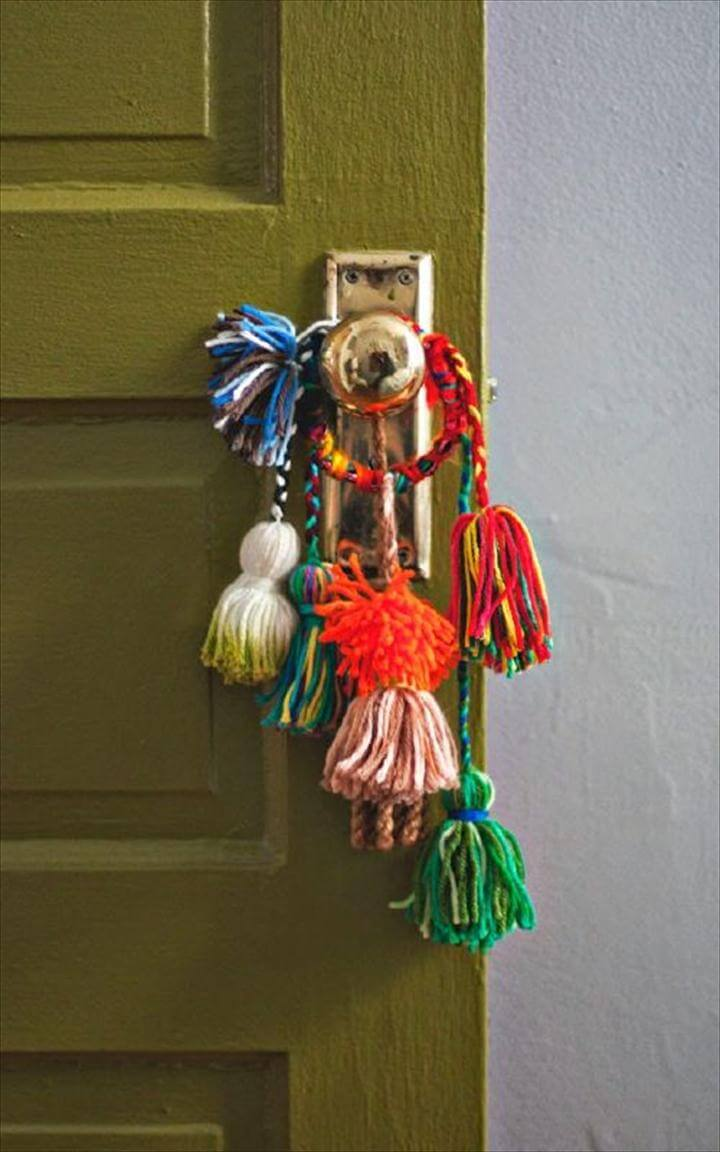 DIY Yarn Tassel Knob and Pull Bobbles