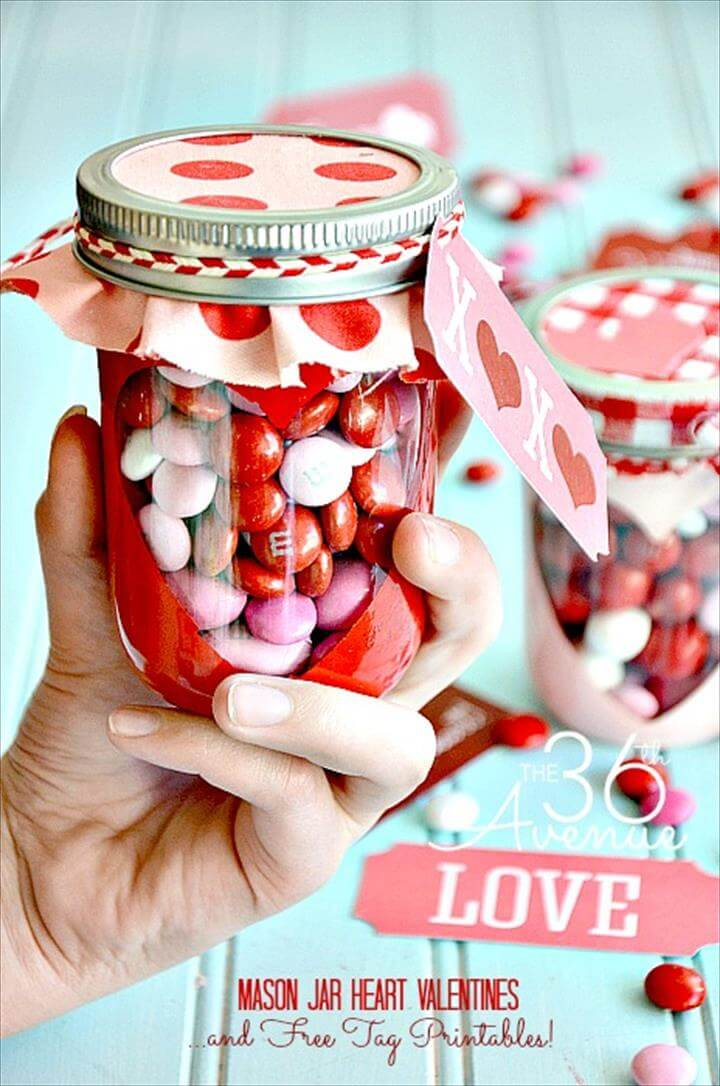 Top Mason Jar Craft Ideas. DIY handmade gifts in a jar, party ideas,