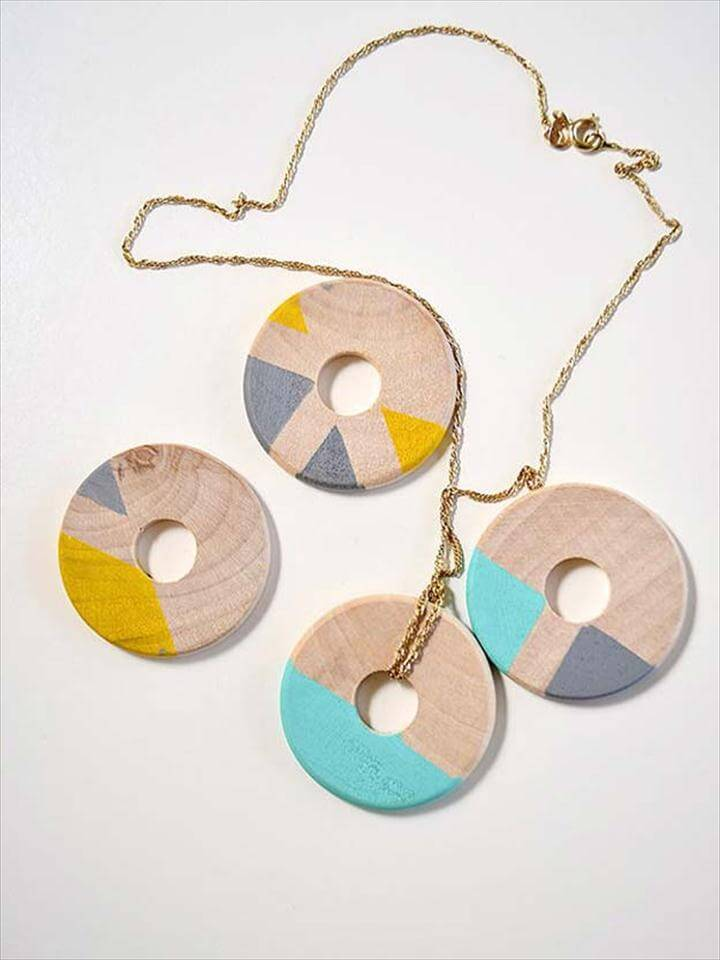 Sharpie Crafts For Teens, Kids and Adults - Crafty Wooden Necklace is a Fun Jewelry