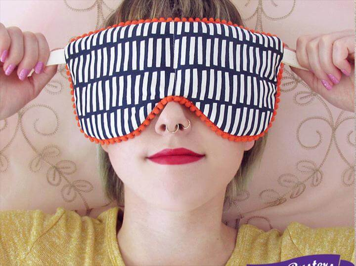 DIY soothing eye pillows
