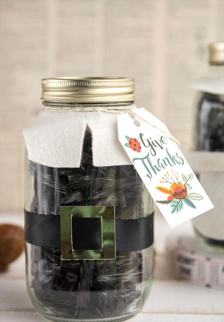 Cute Thanksgiving Pilgrim Mason Jar Gift Idea, would be cute for a hostess or teacher
