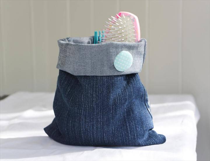 DIY Storage Basket From Old Jeans