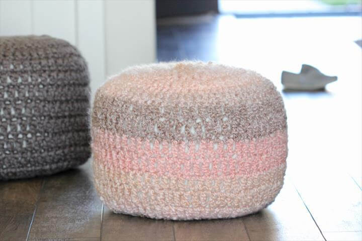 Crocheted Floor Cushions - Free pattern & Tutorial