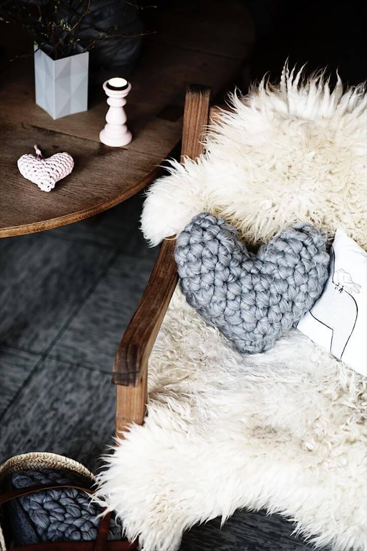 Easy Chunky Crochet Heart Pillow