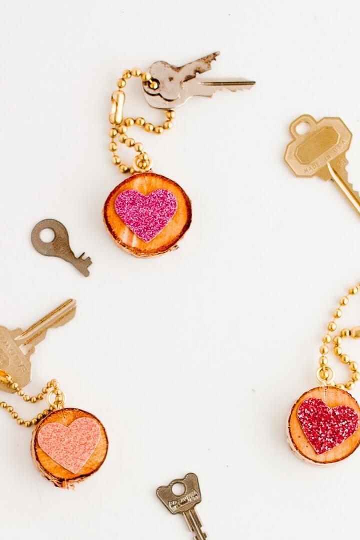 DIY Glitter Heart Keychain