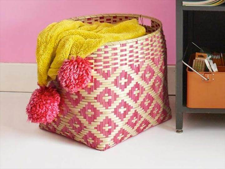 Pom Pom Blanket, storage basket