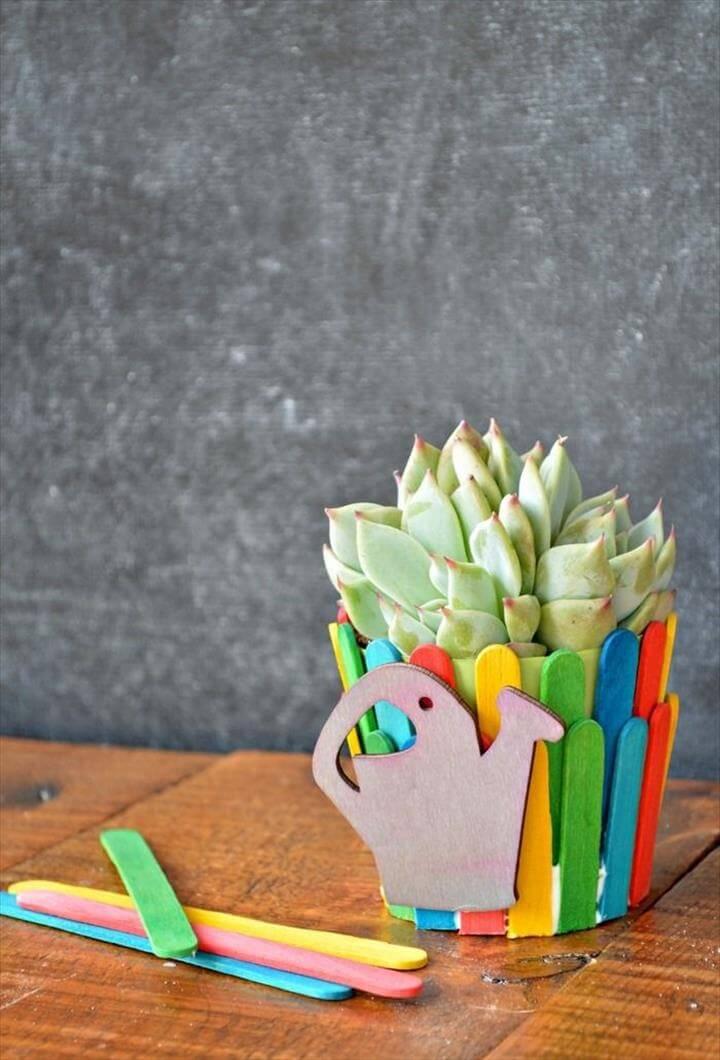 Craft stick planter