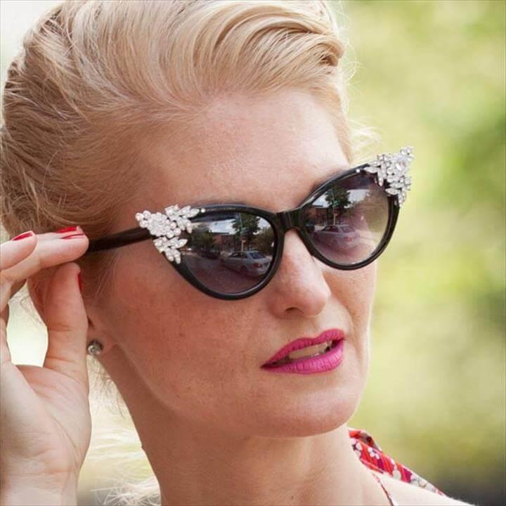 DIY Sunglasses Makeovers DIY Rhinestone Sunglasses