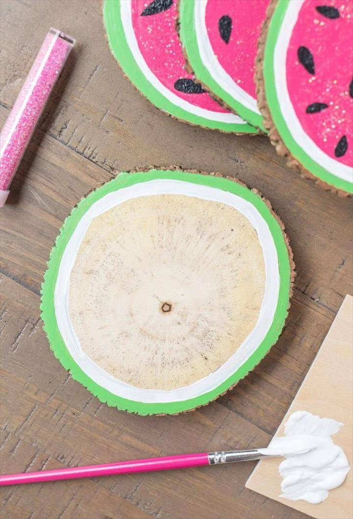Wooden Watermelon Coasters, wooden watermelon coasters, crafts, repurposing upcycling