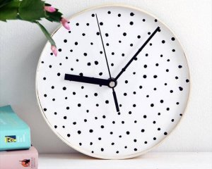 12 Cool DIY Clock Ideas For Decor Your Walls