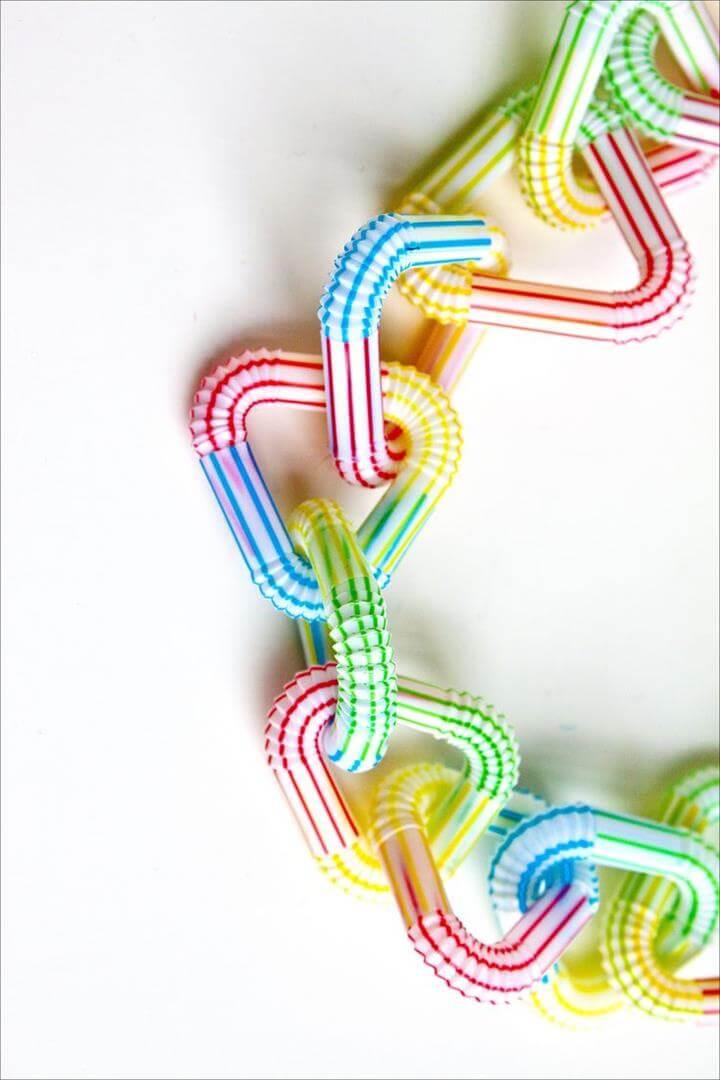 DIY Tutorials & Ideas to Make Drinking Straw Crafts