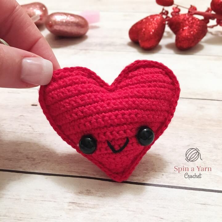Kawaii Heart Keychain