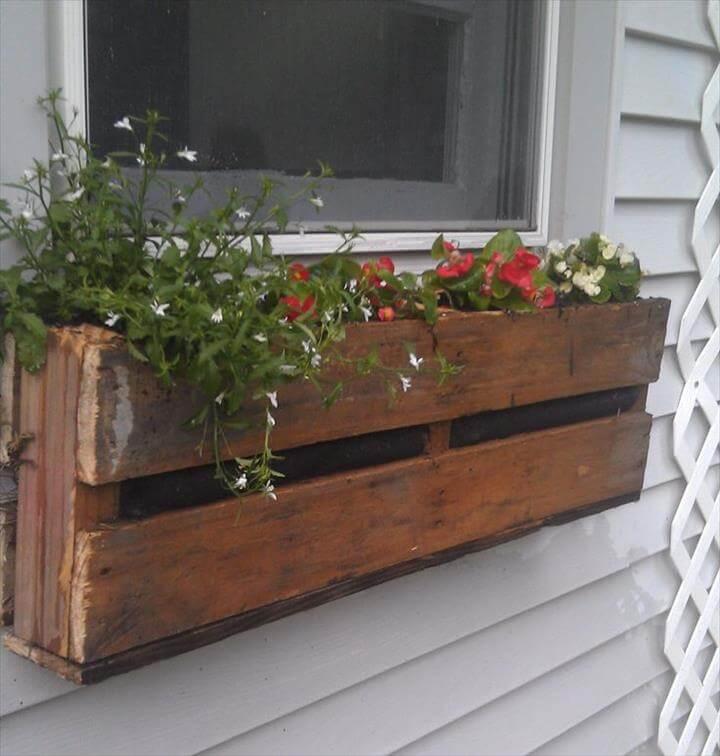 DIY Planter Box For Window