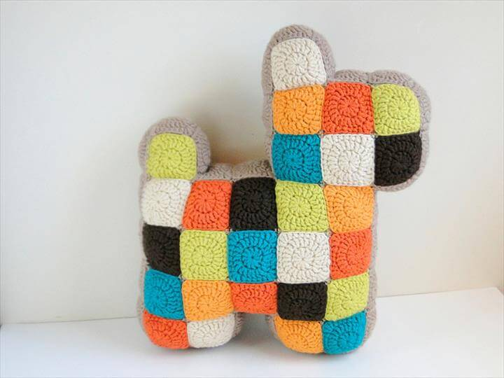 patchwork dog pillow -- tutorial (knits & what-not)