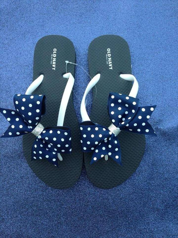 Flip flops with small bow cheer flip flops