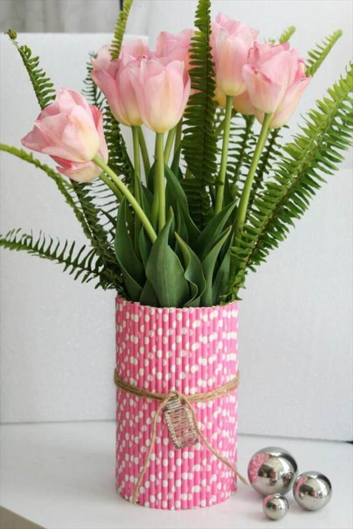 Straw Flower Vases