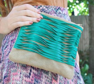 15 Awesome DIY Leather Clutch Ideas