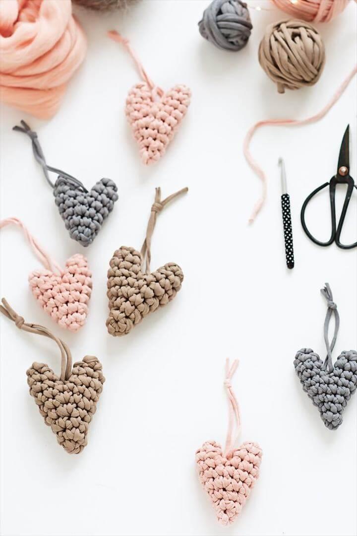 diy crochet hearts