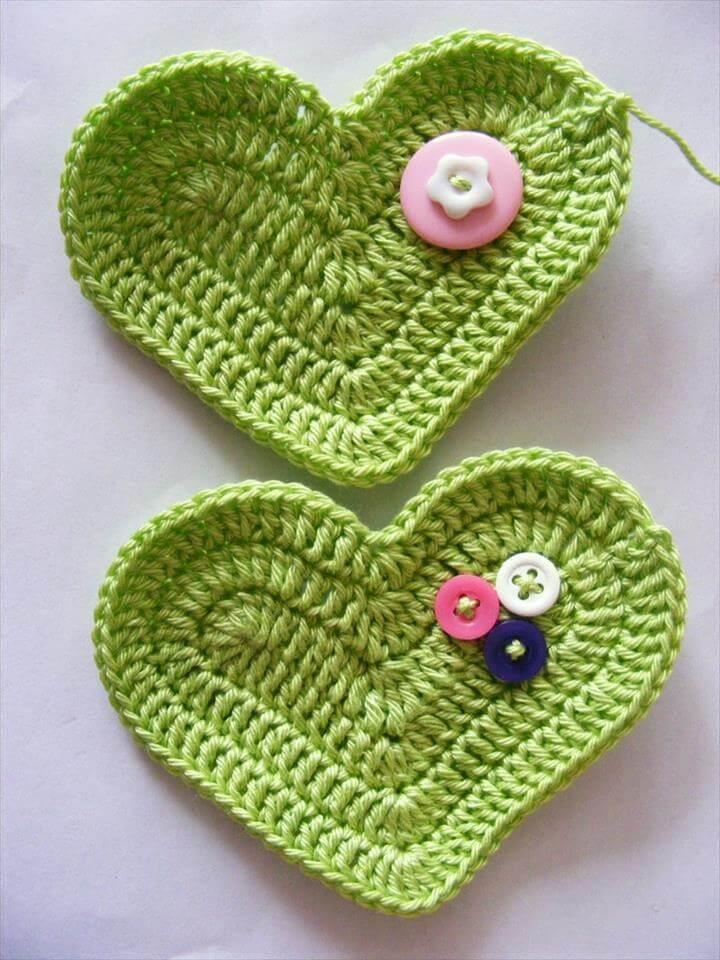 diy heart shape crochet TUTORIAL DIY Crochet 3D Heart Free Pattern
