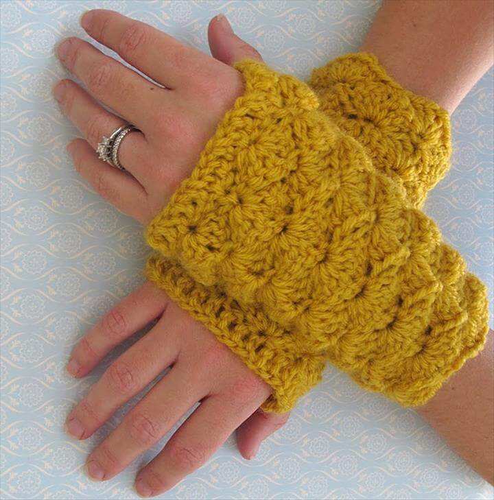 Shell Stitch Fingerless Gloves. Crochet, Yellow Crochet Gloves, crochet GLOVES with fingers