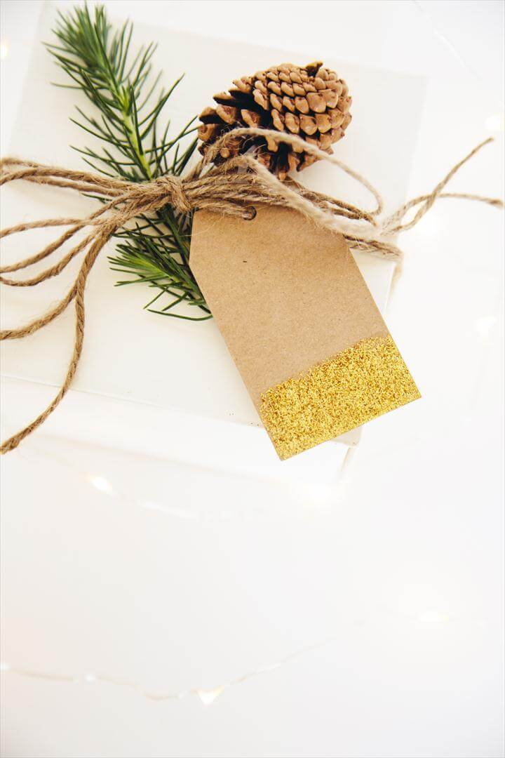 diy glitter gift tag