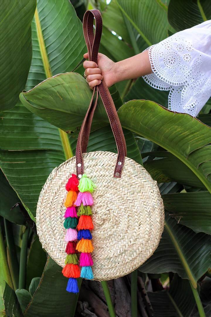 diy bag, charm bag. tassel bag