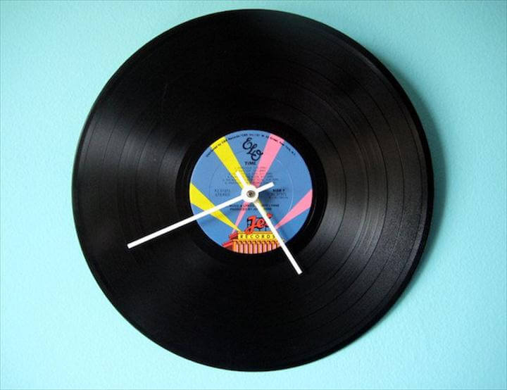 DIY Clock - Vinyl