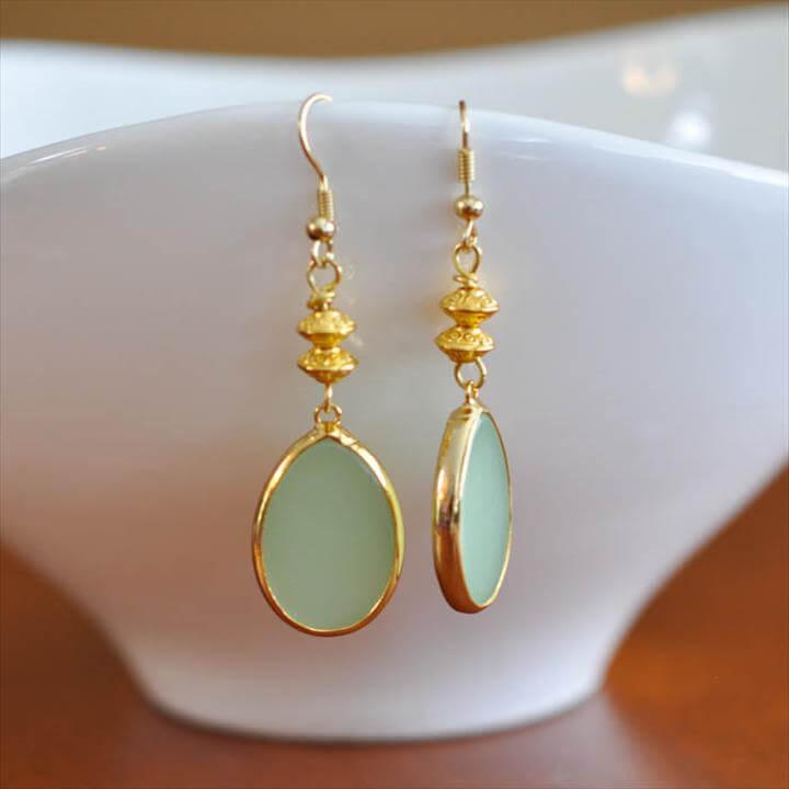 Green Teardrop Earring Tutorial, Green and Gold Earrings