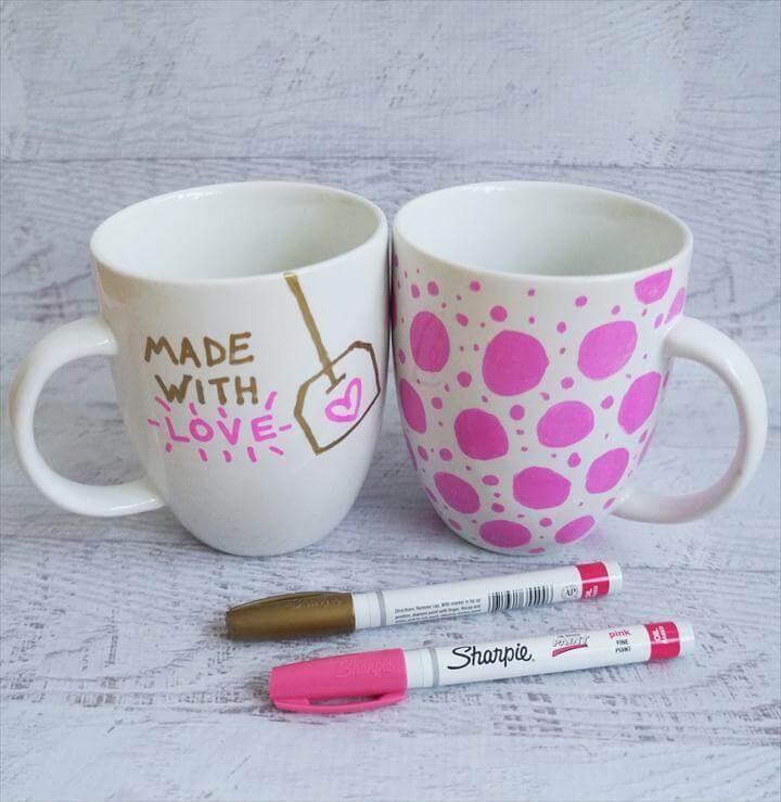 awesomr coffee mugs, sharpie coffee mug, easy diy gift