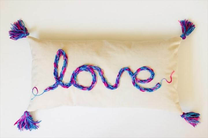 tassel pillow design