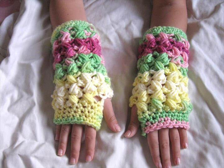 Zig Zag Puff Stitch Finger less Gloves
