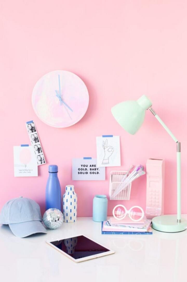 DIY Holographic Clock Tutorial