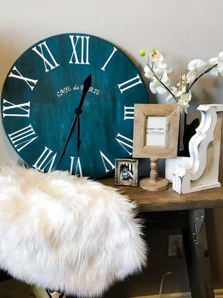 Roman Numeral Clock DIY