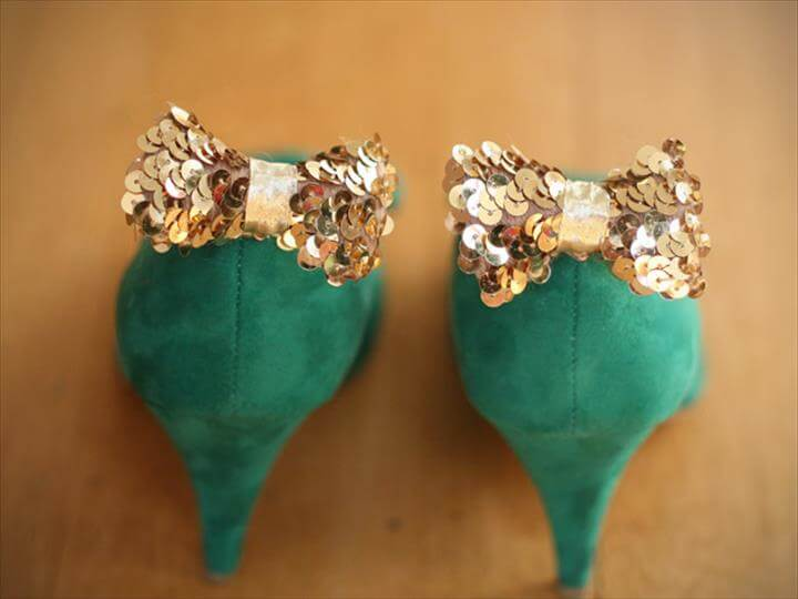 DIY: Sequin Bow Shoe Clips