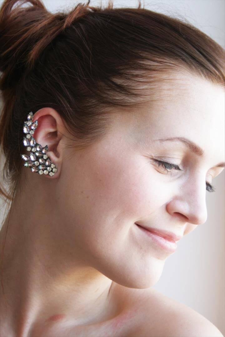 DIY Rhinestone Ear Cuff (from an old necklace)