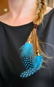 14 DIY Feather Crafts – Easy Ideas
