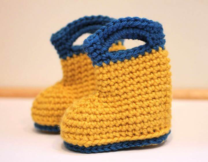 rain boots, crochet boots, crochet ideas, diy crafts and projects