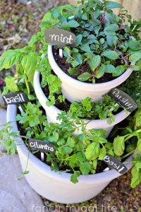 gallery diy, garden stacked, garden idea, garden decor idea, how to