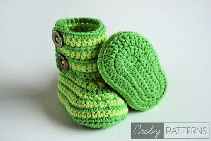 green zebra, booties, baby booties, baby slippers