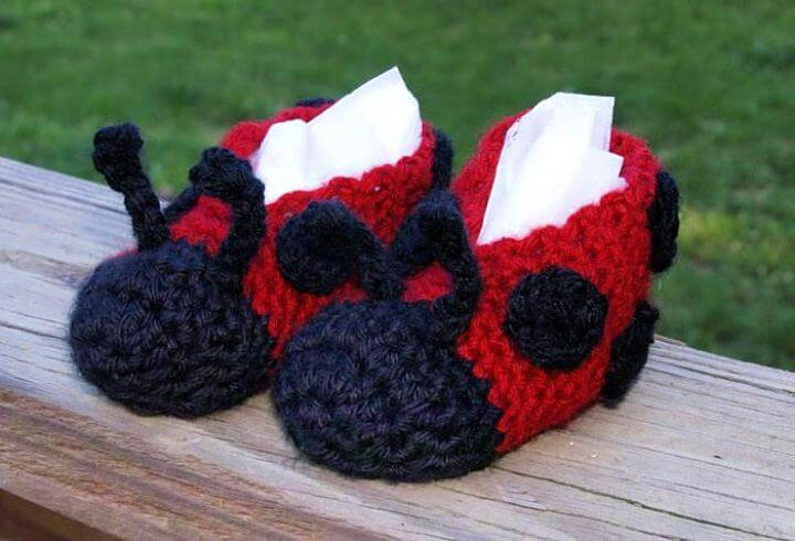ladybug crochet, crochet slippers, ladybug slippers, how to, diy ideas, diy crafts and projects