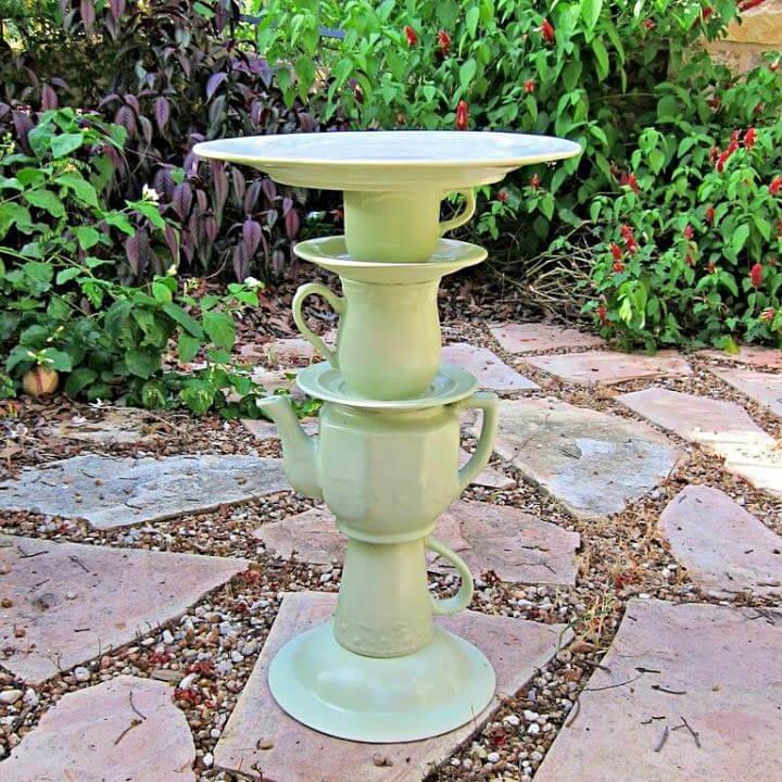 teapot bird bath, diy bath, bird bath, garden decor