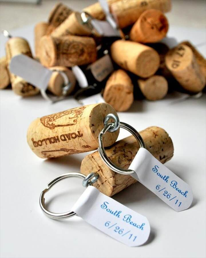 make and sell, keychains, wine cork key chains, easy to make